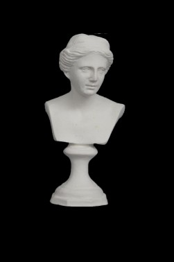 Wooden Mannequin & Models: Artemis Statue Model