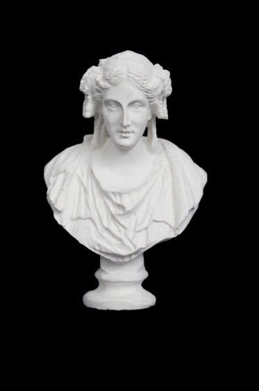 Wooden Mannequin & Models: Demeter Statue Model