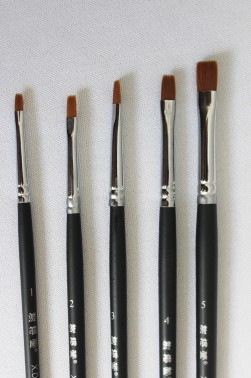 XDT Quality Brush:  537 Kolinsky Hair Flat Brush Set